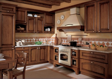 Кухня из натурального дерева  киев